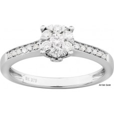Diamonds Malties Solitaire Ring