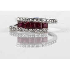 Diamonds Ruby Tension Set